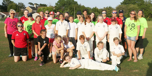 Swans Girls Cricket